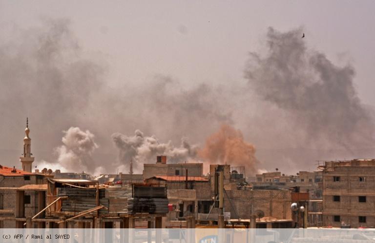 Syrie: bombardements intenses sur le dernier réduit de l'EI à Damas (OSDH) https://t.co/webQOx9Mbq