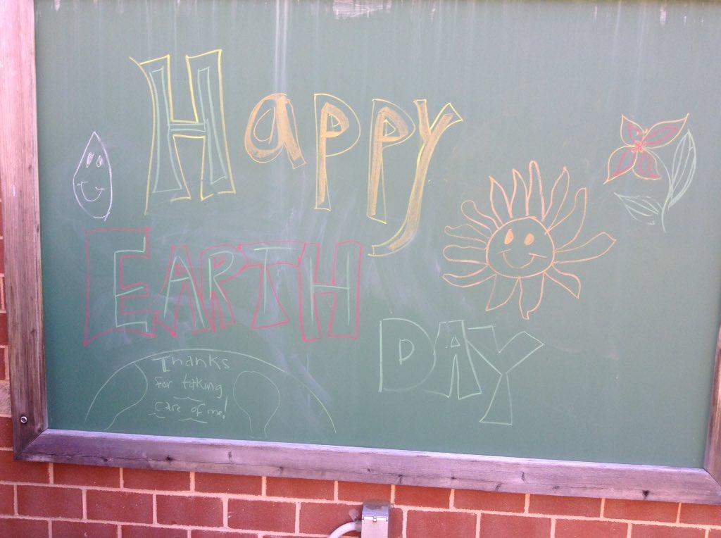 Happy Earth Day <a target='_blank' href='http://twitter.com/APSDrew'>@APSDrew</a> <a target='_blank' href='http://twitter.com/APSVirginia'>@APSVirginia</a> <a target='_blank' href='http://search.twitter.com/search?q=EarthDay'><a target='_blank' href='https://twitter.com/hashtag/EarthDay?src=hash'>#EarthDay</a></a> <a target='_blank' href='http://search.twitter.com/search?q=APSisAwesome'><a target='_blank' href='https://twitter.com/hashtag/APSisAwesome?src=hash'>#APSisAwesome</a></a> <a target='_blank' href='https://t.co/0yfao1JI9s'>https://t.co/0yfao1JI9s</a>