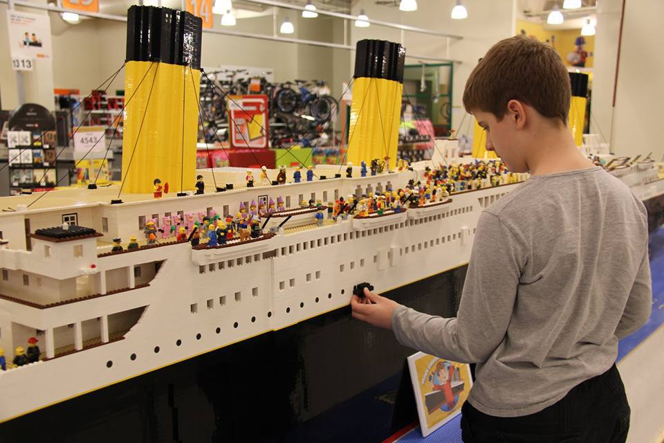 The Challenges Of That Icelandic Boy Who Built A Lego Titanic  https:// grapevine.is/news/2018/04/1 9/the-challenges-of-that-icelandic-boy-who-built-a-lego-titanic/ &nbsp; …  via @rvkgrapevine #iceland #icelandtravel #travel #lego #Titanic #autism #blarapril #historic #LegoTitanic<br>http://pic.twitter.com/SAZN90sQ6x