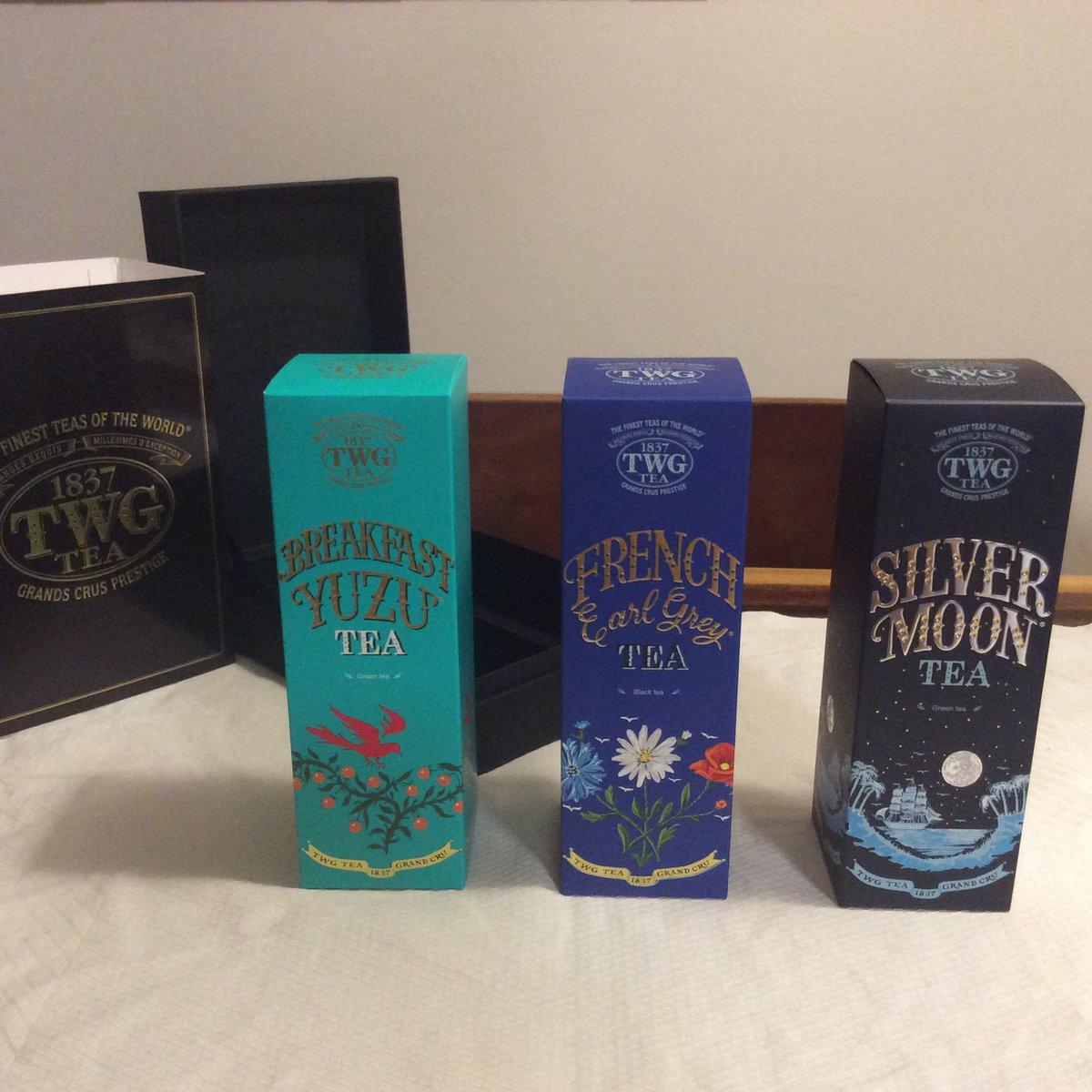 今回のシンガポール旅行は全然買い物できなくて、唯一買えたのがTWGのフレーバーティーです💦箱も缶もめちゃくちゃステキで、種類がたくさんあってすごく迷いましたが、この3種類にしました。香りも凄く良くて飲むのが楽しみです✨