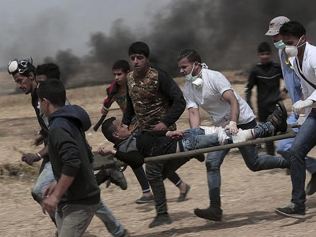 Two Palestinians killed by Israeli forces on Gaza Strip: Medics https://t.co/q3Jff3A65g
