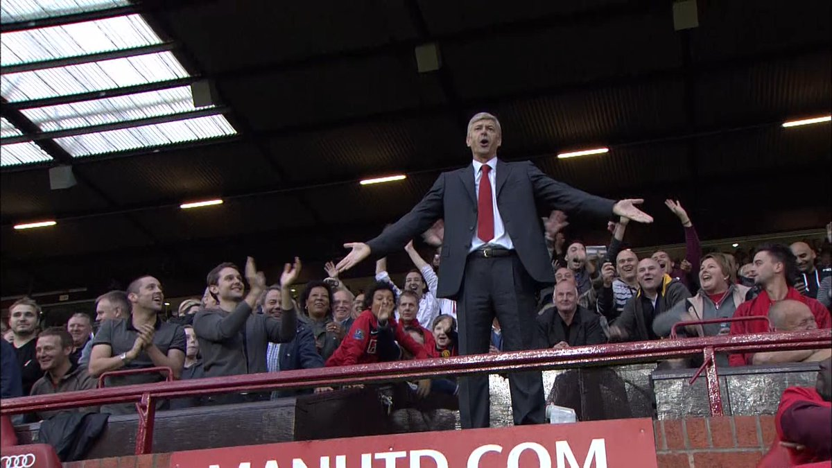 Another classic Wenger moment, when he protested on top of the dugout at Old Trafford!   Wenger was BOX OFFICE! 😄