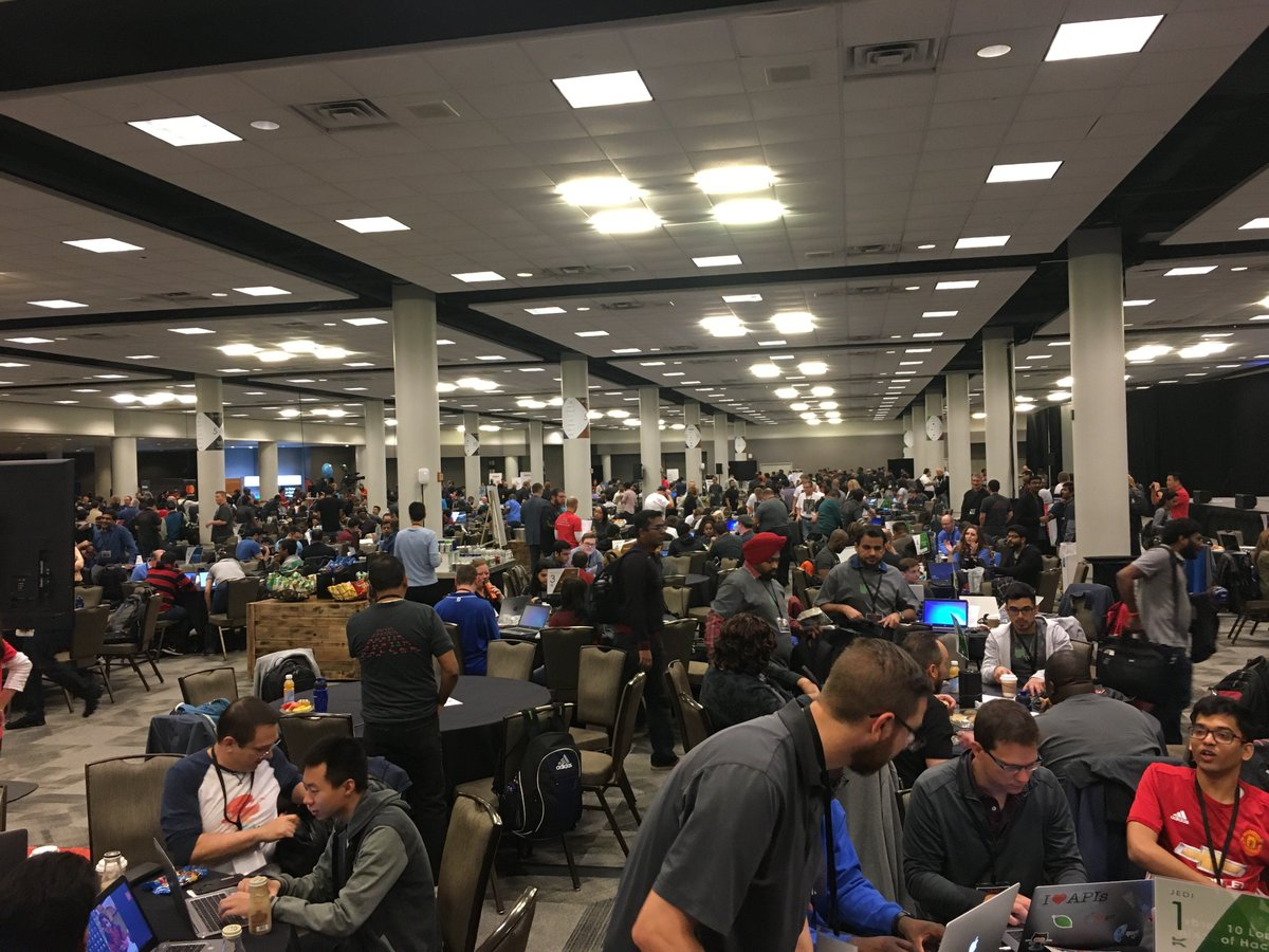 We're excited to have our #Mendix developers on the scene supporting #AAHackWars and partners @Mendix @SAP @sapcp for this epic war of a 1000 hackers delivering #lowcode in 24 hours!