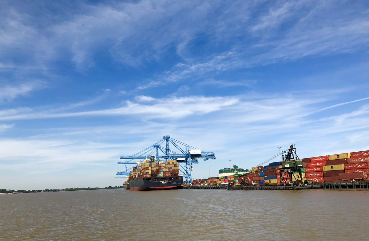 Fascinating visit to @PortNOLA! 6th largest port for cruises in the USA, and at the tip of the world's busiest waterway… moving +500,000 containers per annum #InternationalTrade #PublicDiplomacy #Industry #nola300 #Tricentennial #Monaco  #TallShipsNOLA<br>http://pic.twitter.com/updg9k5Hhh