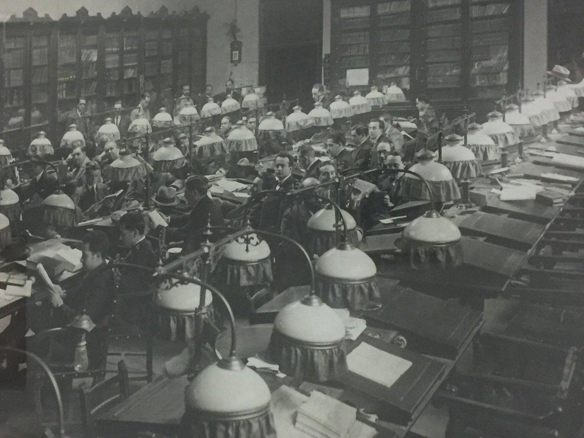 La biblioteca del @ateneodemadrid, un te...