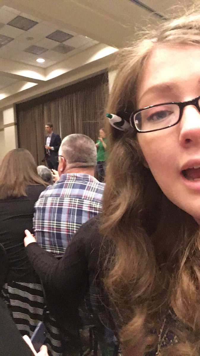 Beto O'Rourke for Texas Senate!! #Denton <br>http://pic.twitter.com/9CttRWcD7j &ndash; à Gateway Center