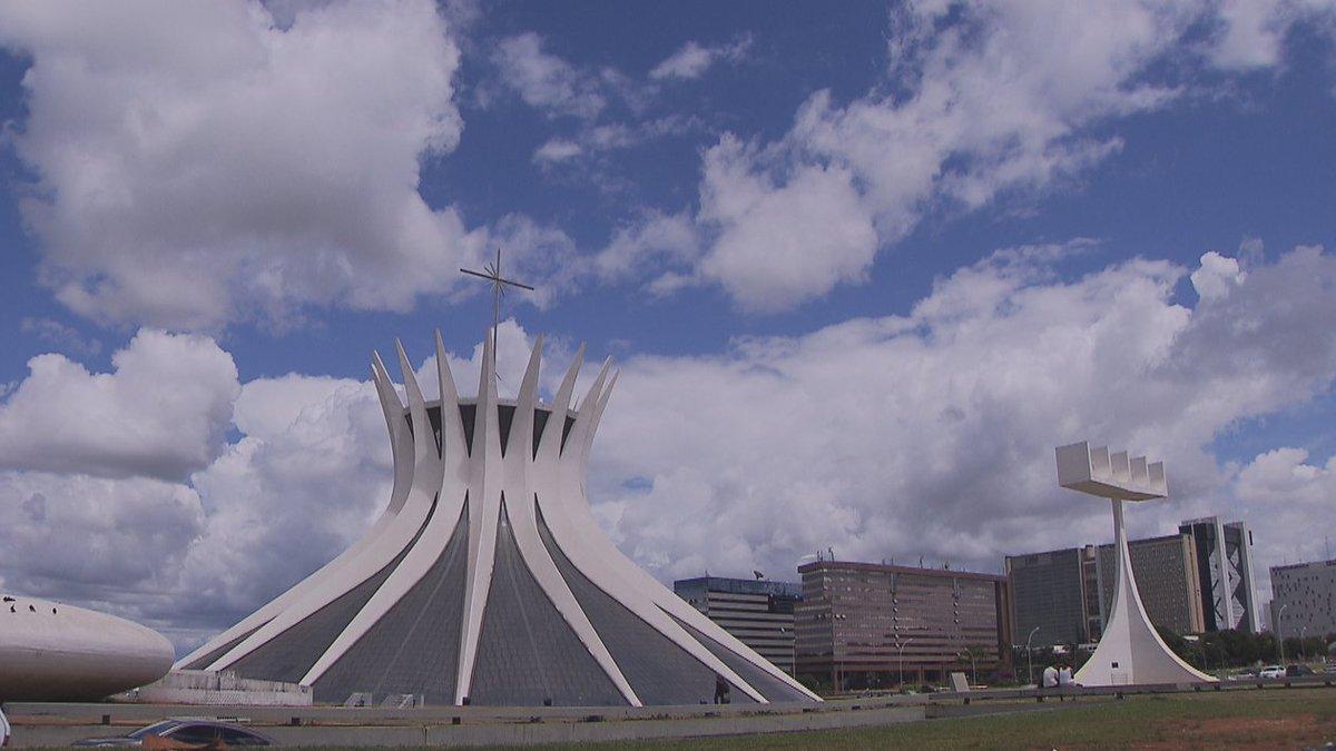 Aniversário de Brasília tem shows, cinem...