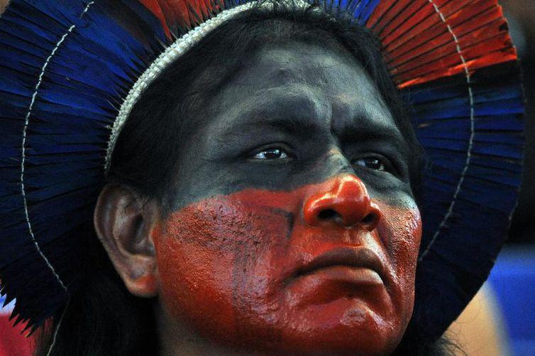 Antropólogo fala da luta dos povos indígenas para garantia dos direitos. Ouça o papo no #BoaNoiteSolimões. https://t.co/36t8rTvBWR 📷 Elza Fiuza/Agência Brasil