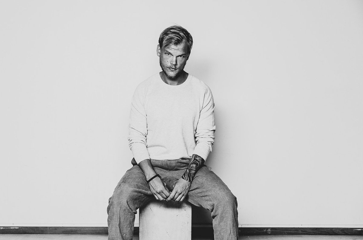 I'm left speechless. You've been an idol and inspiration to both myself and countless others, and your music and legacy will continue to live on. Thoughts and prayers to your family and loved ones. Rest in peace, @avicii. And to everyone reading this, take care of each other.