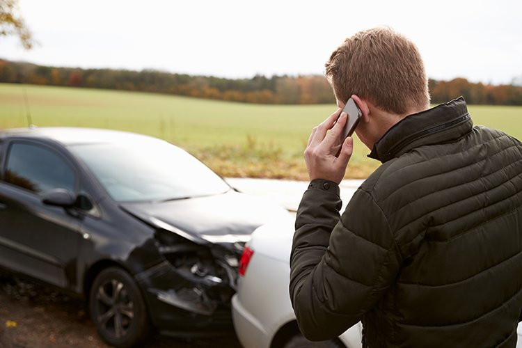How to report a car accident ... to your boss FCS Media  https://www. fcsmedia.co.uk/2018/03/31/car -accident-report/ &nbsp; …   #Business #SME #Offers #MyFleetSolutions<br>http://pic.twitter.com/IgfghWqavC