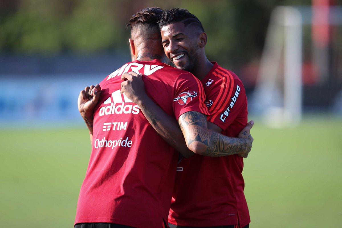 Guerrero e Rodinei no treino de hoje (20...