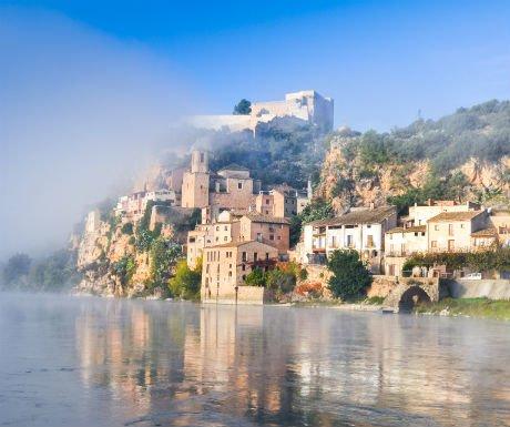 Secrets of #Spain: magical #Miravet in #Catalonia https://t.co/teZCVW5Qfk