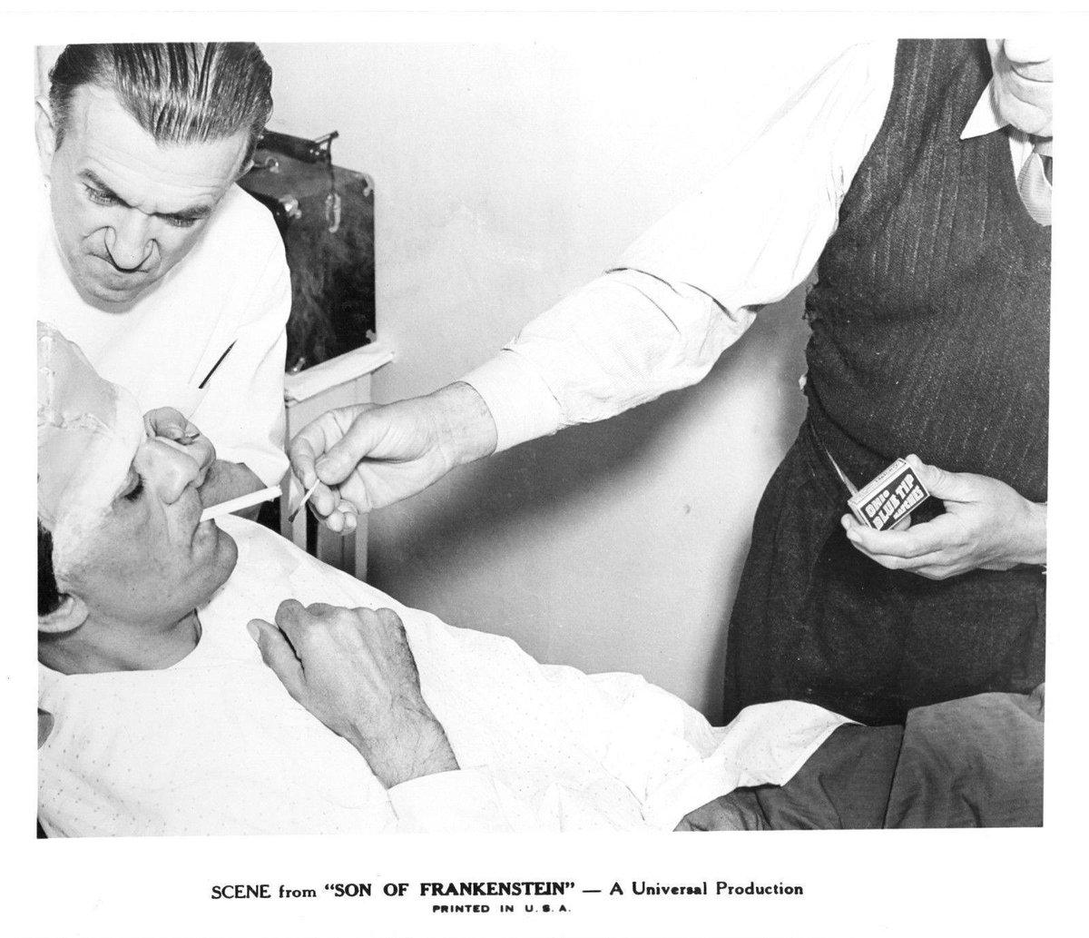 Master #Make-up #JackPierce works on #BorisKarloff for #Son of #Frankenstein<br>http://pic.twitter.com/Sr8v07Uzmi