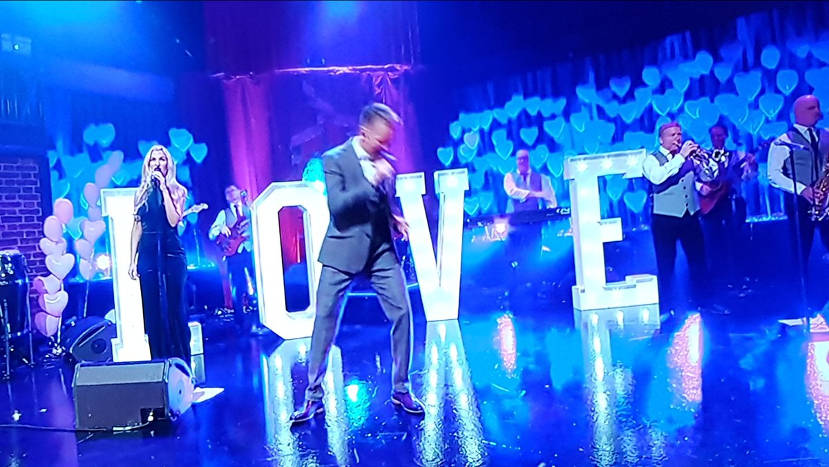 G&#39;wan @MikedenverMike ! #LateLate #hollywoodledletters  <br>http://pic.twitter.com/xPaN2J4bBc