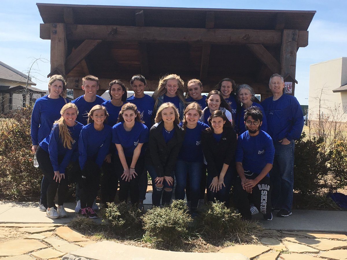 Spent the day volunteering at Catholic Charities, a very cool program out of Tulsa, OK. #NationalVolunteerWeek2018 <br>http://pic.twitter.com/Bffbh433kw &ndash; à Catholic Charities