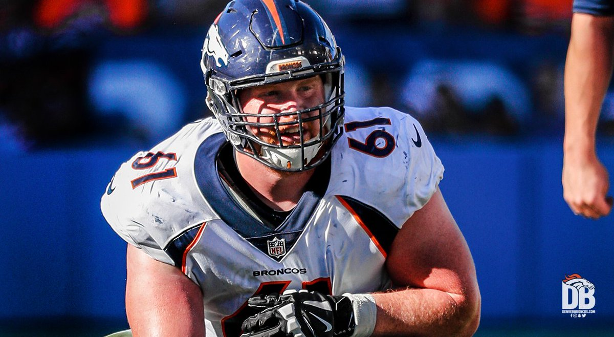 C Matt Paradis has signed his restricted free agent tender.   »  http:// dbron.co/dp7  &nbsp;  <br>http://pic.twitter.com/O8lqRhI6Uw