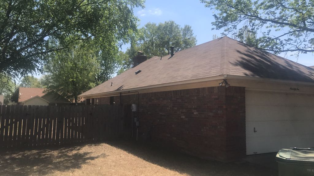 Arkansas Roofing Kompany On Twitter Look At This Nice Home Nestled In These Large Trees And Green Shrubs Located On Joseph Drive Conway Ar 72034 This Homeowner Chose Tamko 3 Tab Rustic