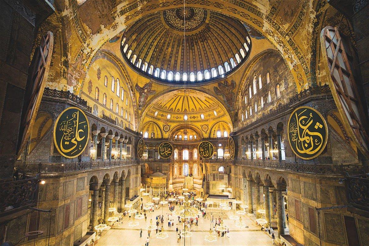 A grand tour of the world's most amazing architecture: https://t.co/agYTuM7gjr https://t.co/sZBijT562L