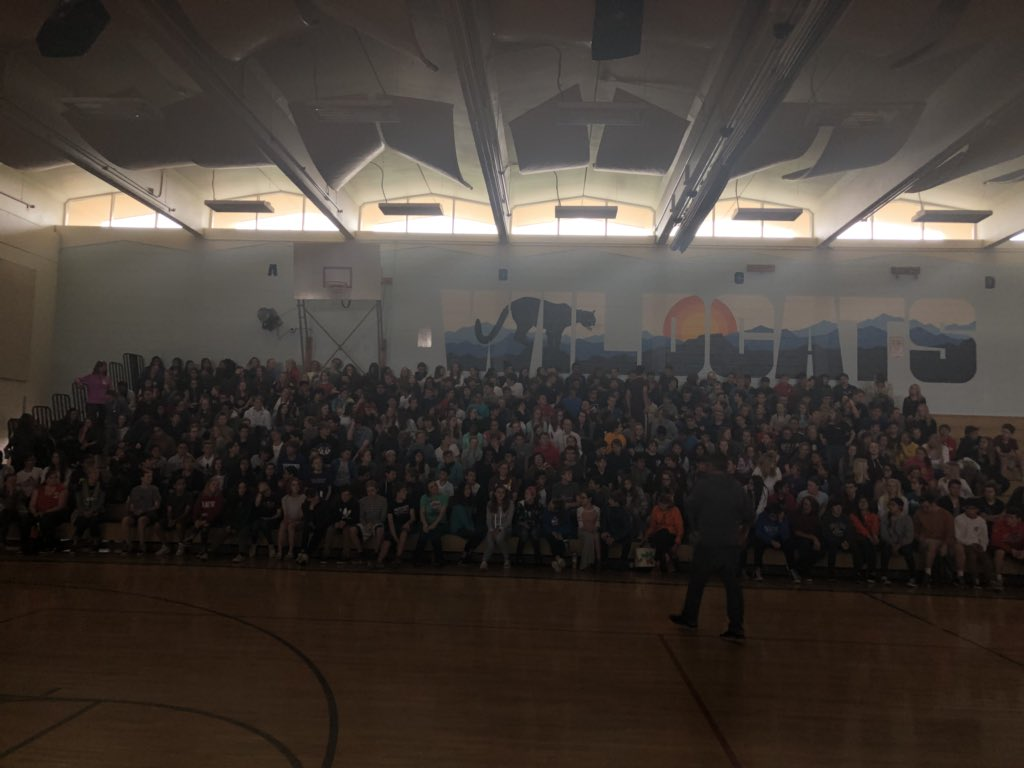 Awesome event with over 400 8th graders. When a line of #students and #teachers are crying tears, you know it was an #impact                                              #speaker #lifechanging #makingadifference<br>http://pic.twitter.com/mfujHasPks