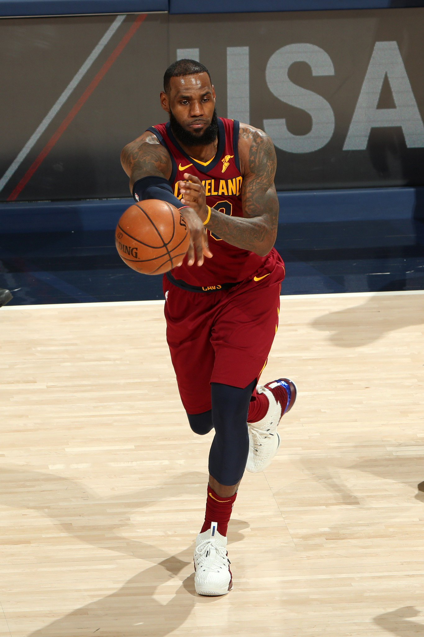 #TripleDoubleWatch  LeBron James has 18 PTS, 12 REB, 8 AST for the @cavs midway through the 4th.  #WhateverItTakes https://t.co/m98aAnDzHh