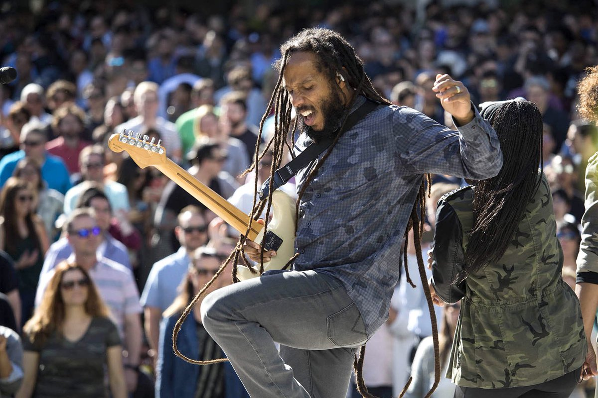 We're celebrating Earth Day here at Apple. Thanks @ziggymarley for an inspired performance! 🎶 🌏