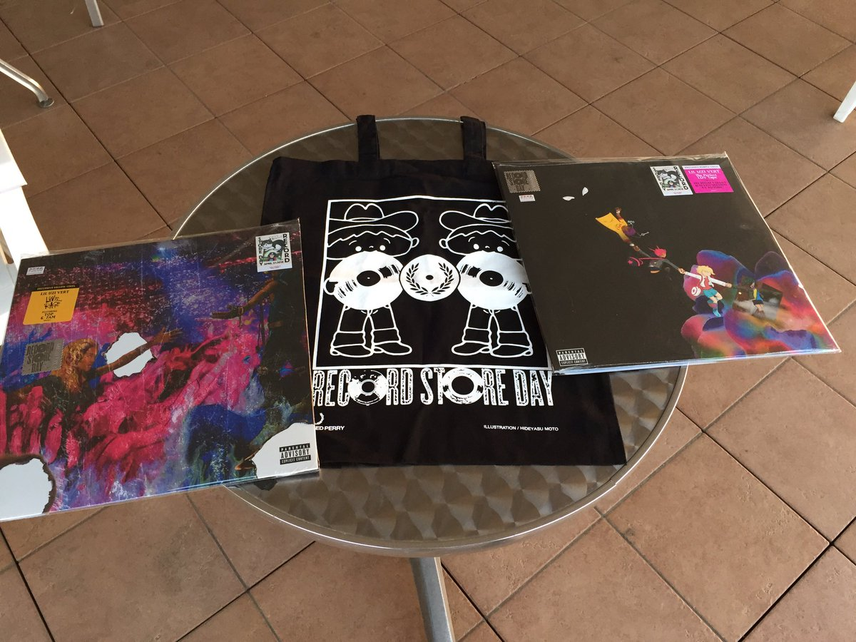 #RSD18   Lil Uzi vinyls 😍😍😍  That was a...