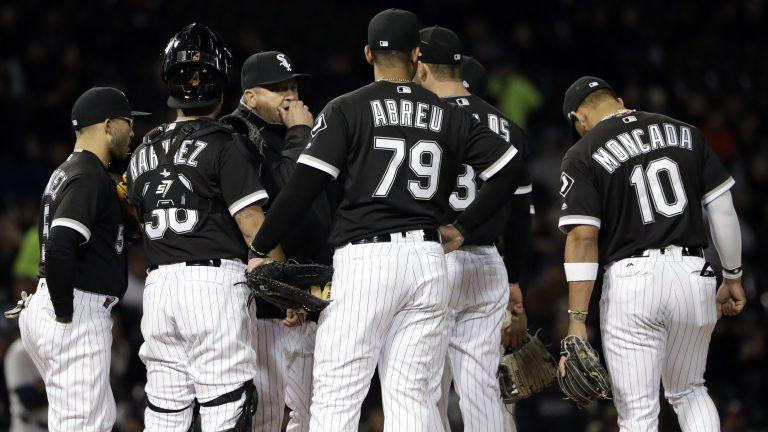 Danny Farquhar taken to hospital after f...
