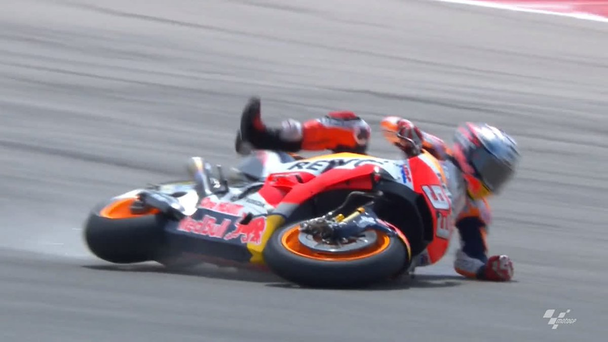 Three rounds in and @marcmarquez93 notch...