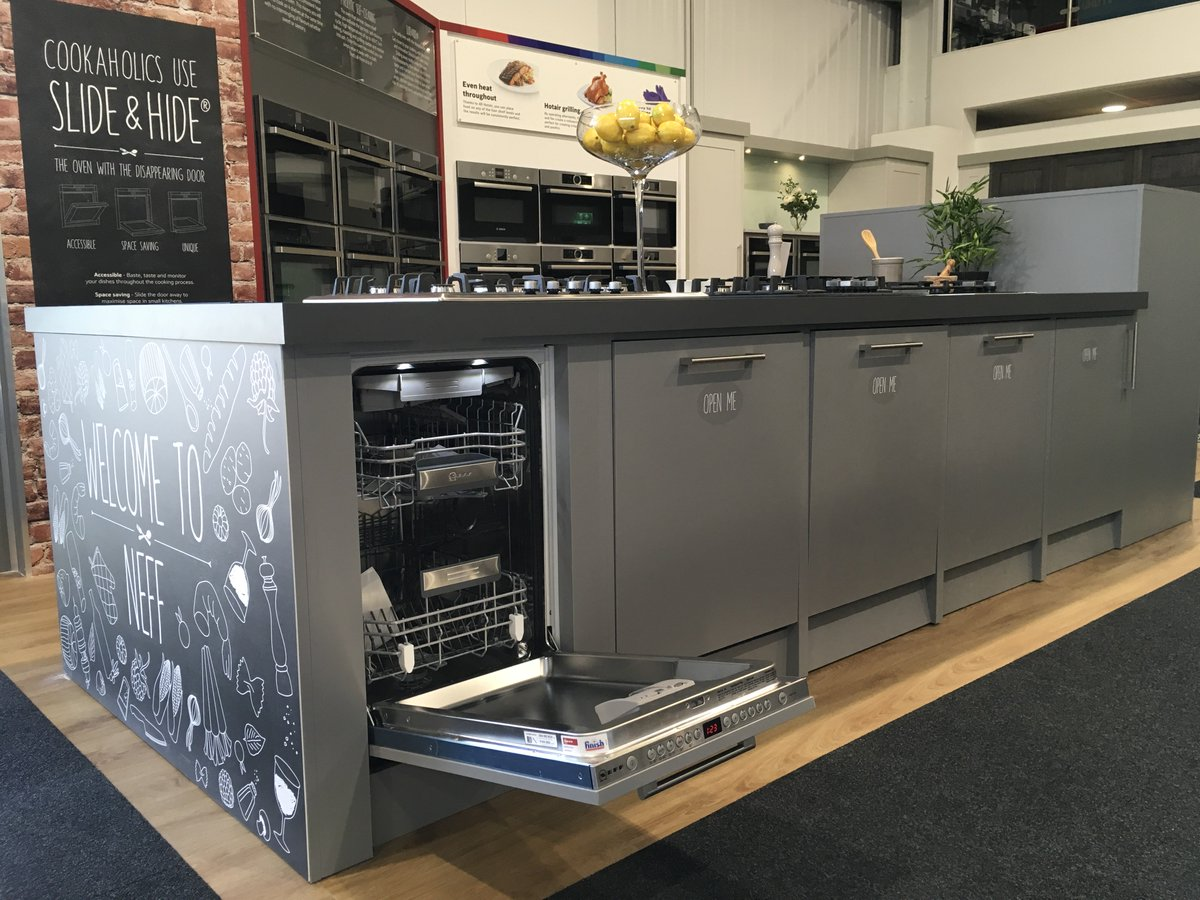 ... PLUS FREE Pan Sets Worth £120 With ALL Neff, #Bosch And #Siemens Induction  Hobs! #InductionHobs #HomeAppliances #offers  #dealspic.twitter.com/eKxllf1lq3