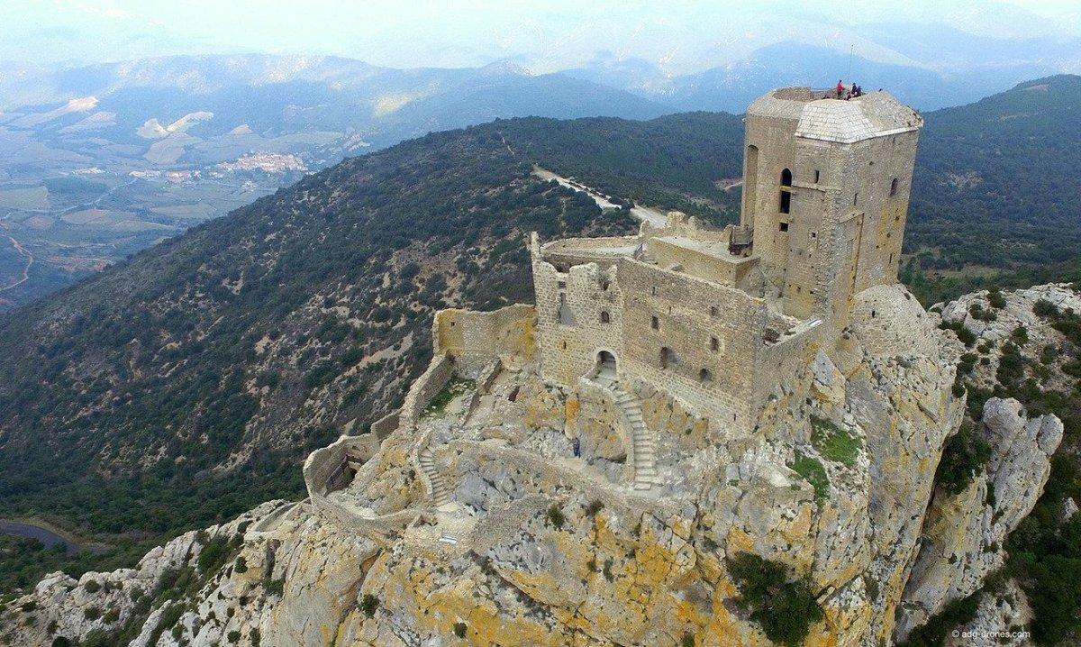 Cathar Castles on Twitter