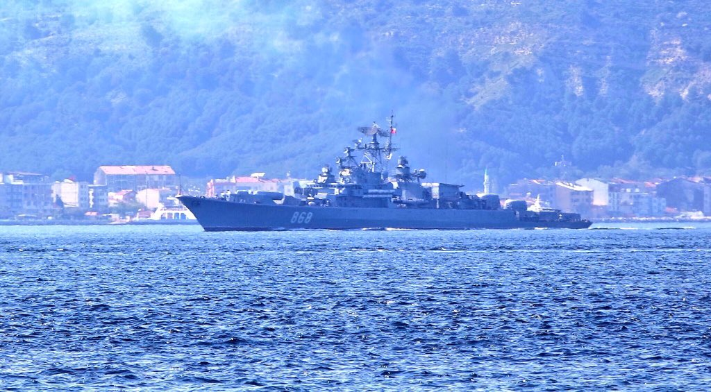 Russia ramping up its presence in the eastern Med to match US & its allies: Joining Russia's  cam#Syriapaign,  Pro#ВМФject1135M  BSF#ЧФ Krivak II frigate Pytlivy 868 & ВМФ Project61  BSF Kashin guided missile destroyer Smetlivy 870 transited Turkish Straits en route to #Tartus