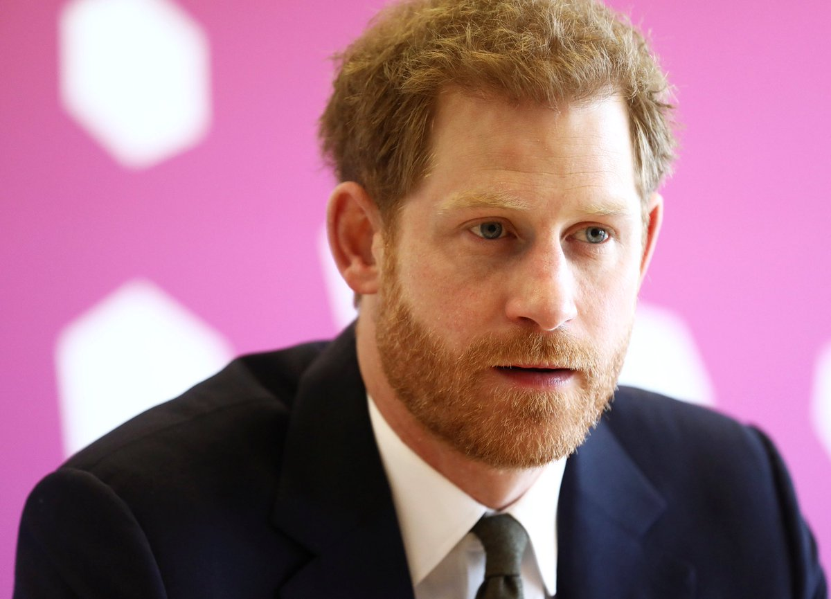 It was announced that The Queen has appointed Prince Harry as a Commonwealth Youth Ambassador. HRH will work to create links between young people and youth leaders. #CHOGM2018