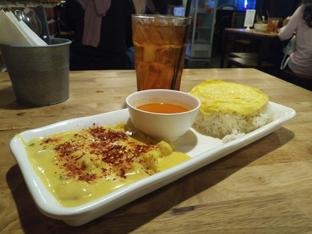 Buttermilk Chicken April 24, Bangi Centr...