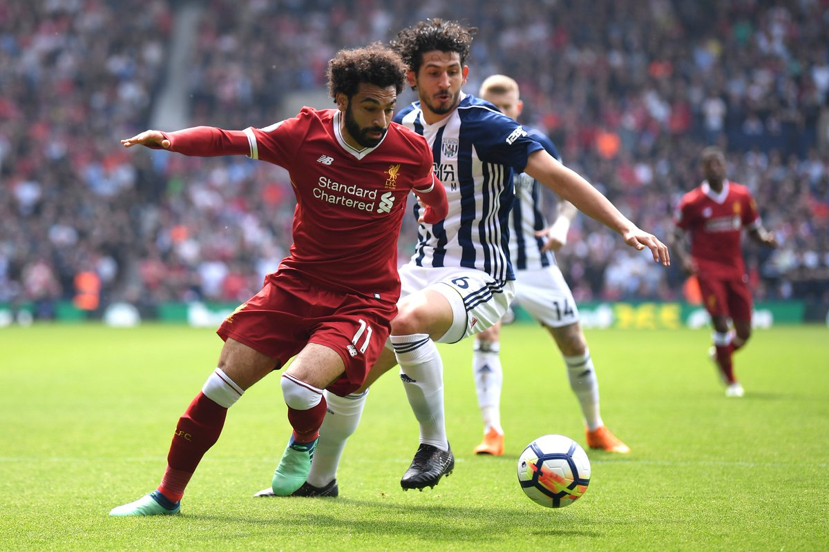 😊 All smiles for @22mosalah and co. at the Hawthorns!  #LFC lead #WBA 1-0 courtesy of @IngsDanny's first goal since October 2015.  Follow updates and watch in-game clips as @LFC travel to @WBA live on Sky Sports Premier League here: https://t.co/vc3mcw3PkR