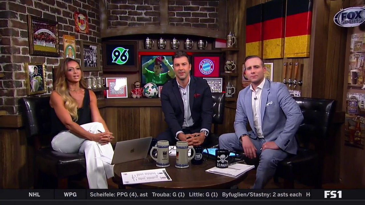 Only 4 games remain! Tune in now for pregame coverage for Bundesliga MD 31:  Hannover vs Bayern on FS1 Hamburg vs Freiburg on FS2