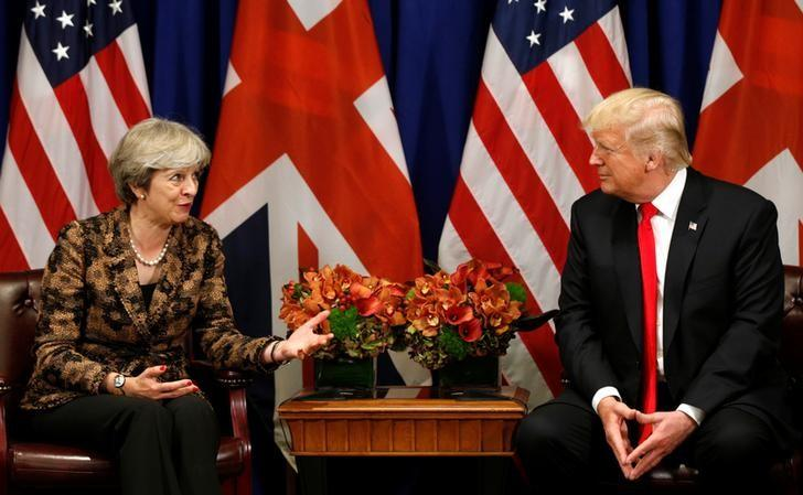 U.S. President Trump to visit Britain mid-year, possibly July: reports https://t.co/czV4Rj6jB6 https://t.co/tzMUbNr05d