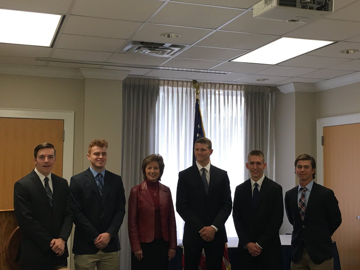 It was an honor to recognize this year's #MO4 Military Academy Nominations at my Academy Appointee Reception. I'm so excited to see what these individuals accomplish #Military @WestPoint_USMA @AF_Academy @USCGAcademy