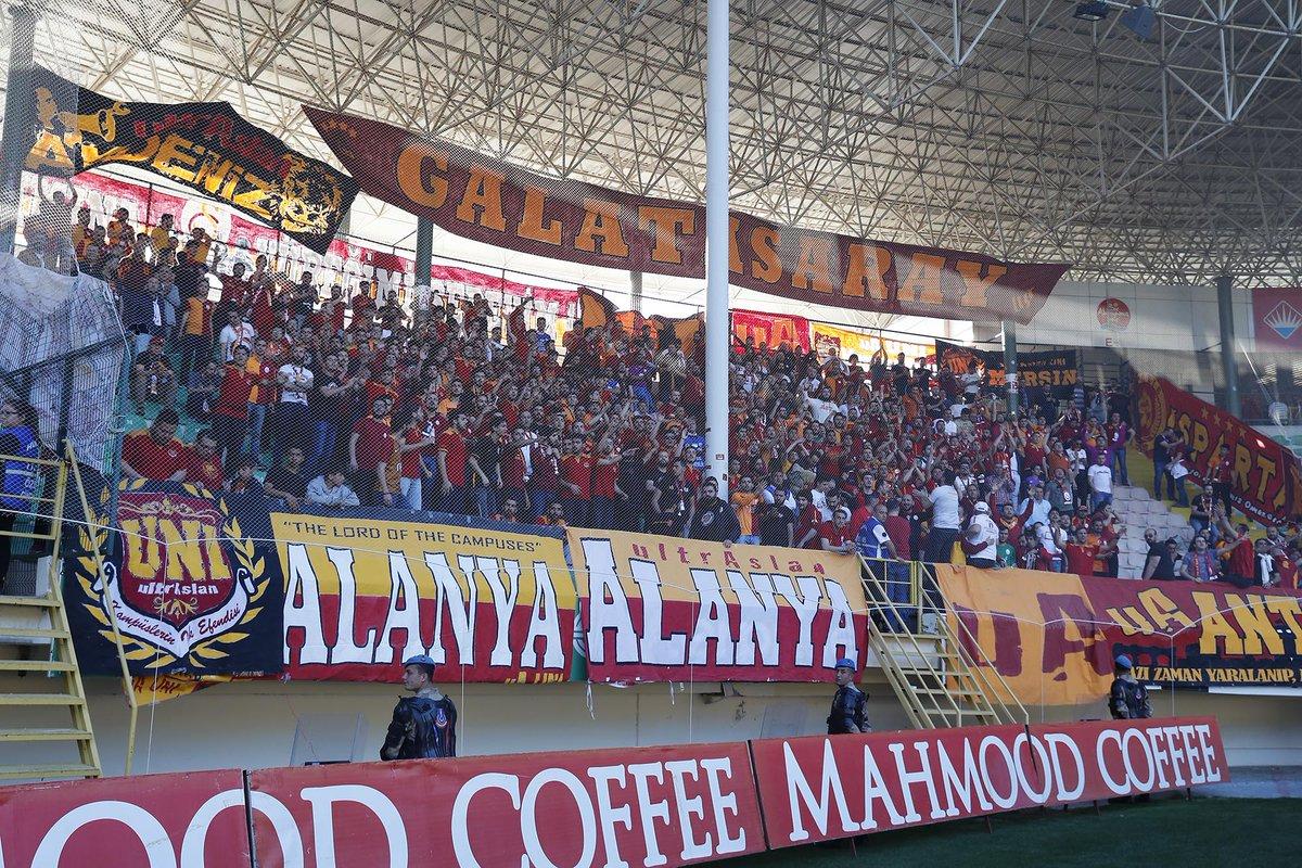 📸 | Fans are warming up! #WeAreGalatasaray #ALNvGS