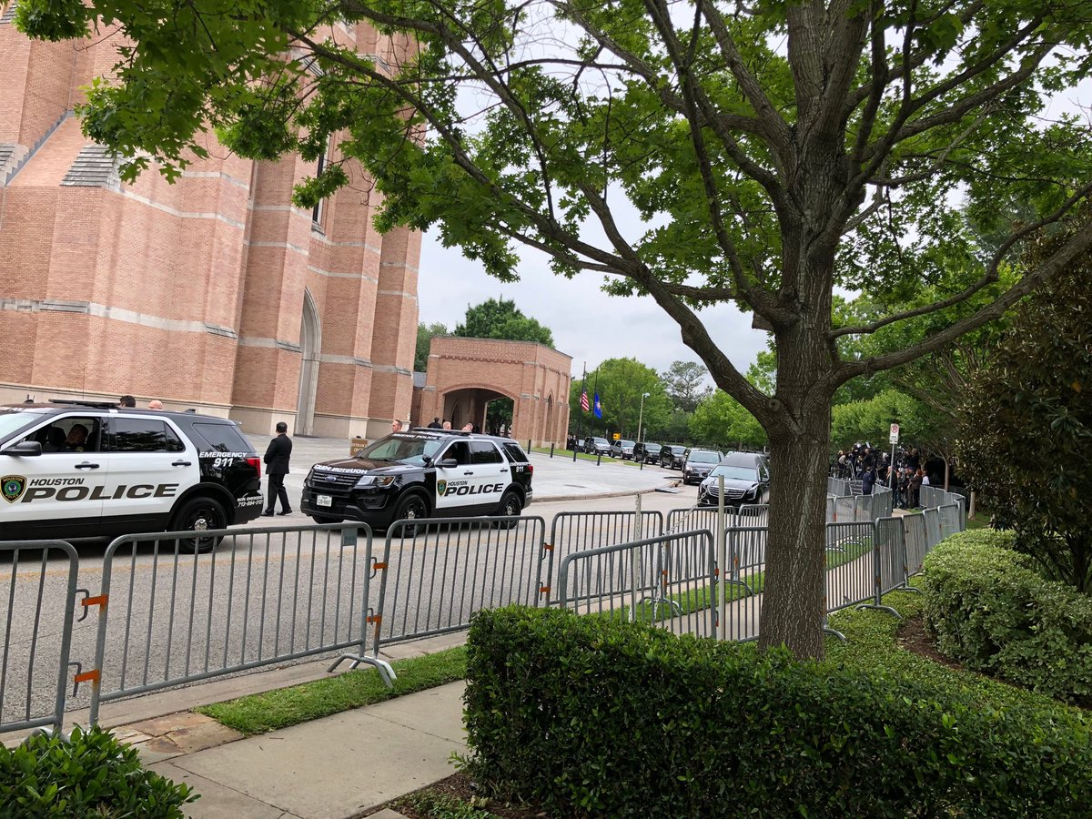 Hearse pulls up outside St Martin's Church preparing to take Barbara Bush to her final resting place in College Station Texas