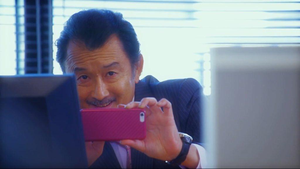 画像,おっさんずラブを今回初めて観たっていう人は2016年の年末に放送したやつも観てほしい....とにかく吉田鋼太郎さんが可愛いくて仕方ない笑#おっさんラブ http…