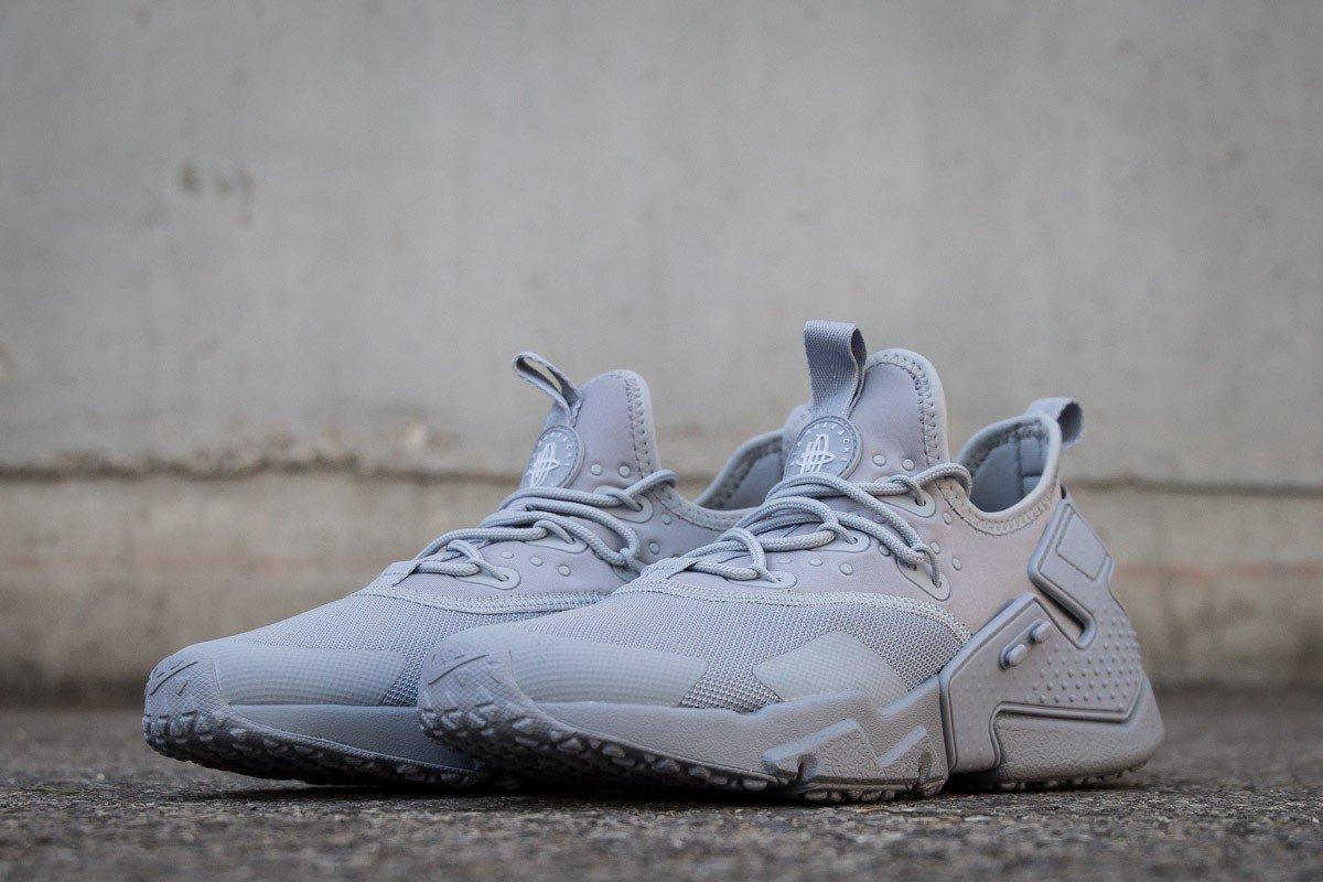 New @Nike AIR #HUARACHE DRIFT WOLF GREY