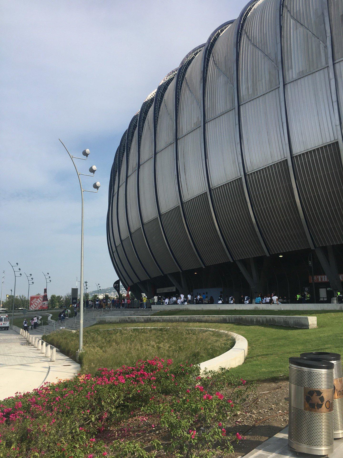 Monterrey venció 3-0 a Lobos BUAP