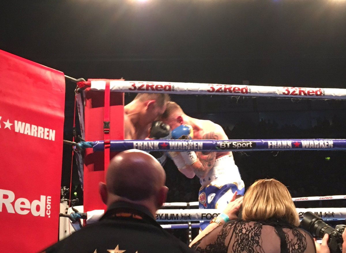 Eight gone and Frampton boxing beautiful...