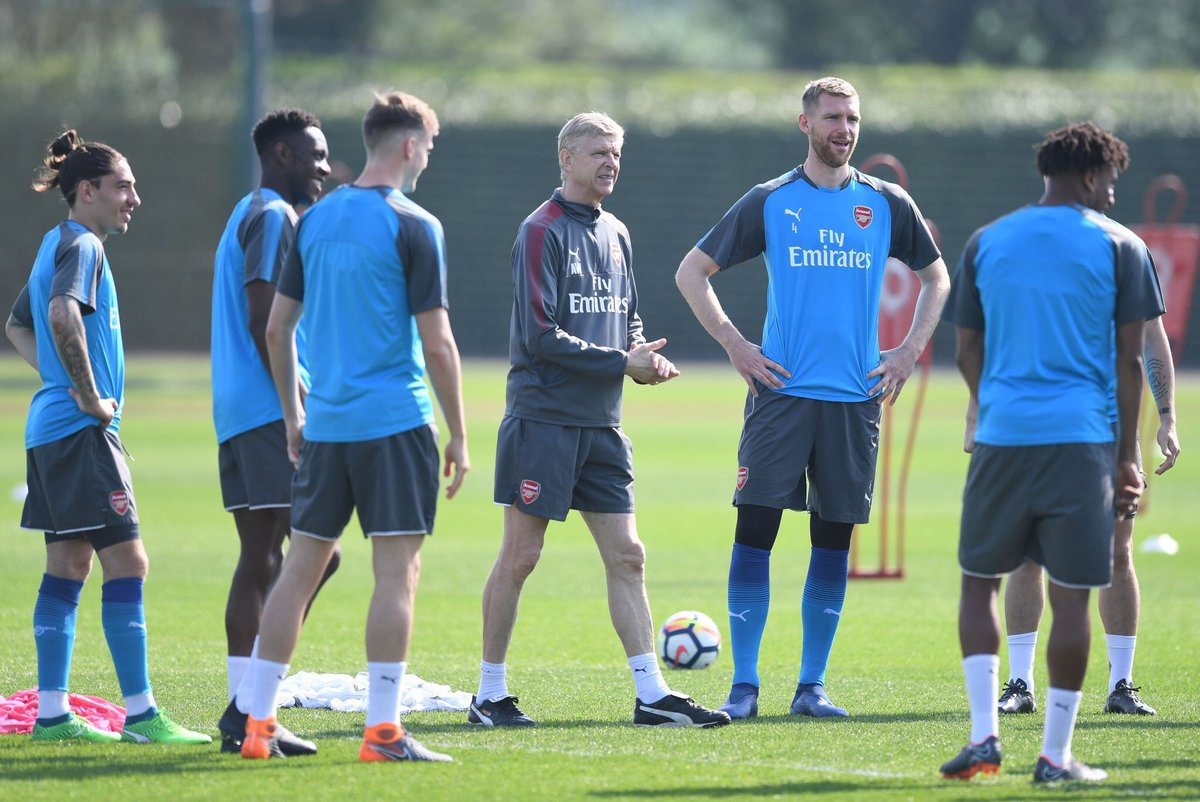 Photos: It was business as usual in training this morning ahead of tomorrow's visit of West Ham. [@Stuart_PhotoAFC] #afc