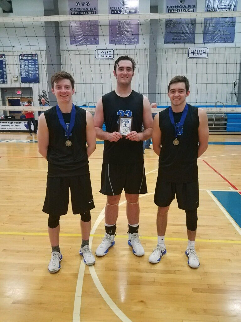 Congrats to @DuchesneBoysVB on winning the Lutheran St. Charles tournament beating the host team, Ofallon Christian and Lutheran South. Jack Dempsey & Ben Norwine earn all-tournament team honors & Luke Loewenstein named tournament MVP!!!