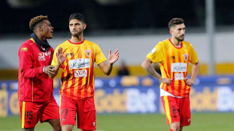 OFFICIEL ! Malgré sa victoire sur la pelouse du Milan AC, Benevento est relégué en Serie B.