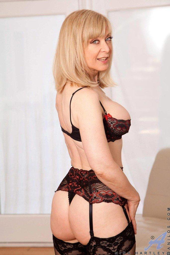 нина хартли страстная блондинка - 9