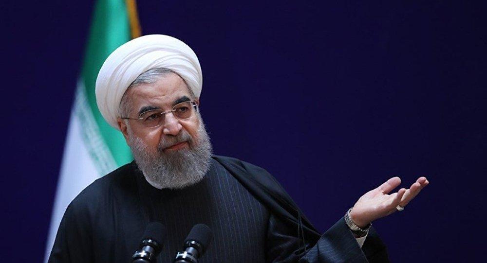 Ruhani'den ABD'ye nükleer resti: Bekleme...