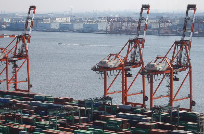 Japan may soften trade stance as U.S. keeps up pressure https://t.co/0xC58tEs9o https://t.co/6GSSy7cFvF