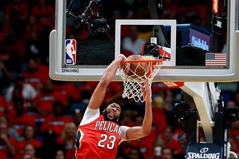 Appreciating Anthony Davis alley-oops for what they really are: terrifying inevitabilities: https://t.co/6OjcepTas9